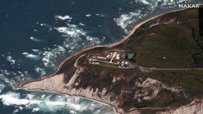 02_closer-view-of-rocket-lab-launch-site_mahia-new-zealand_20nov2020_high-off-nadir-wv3